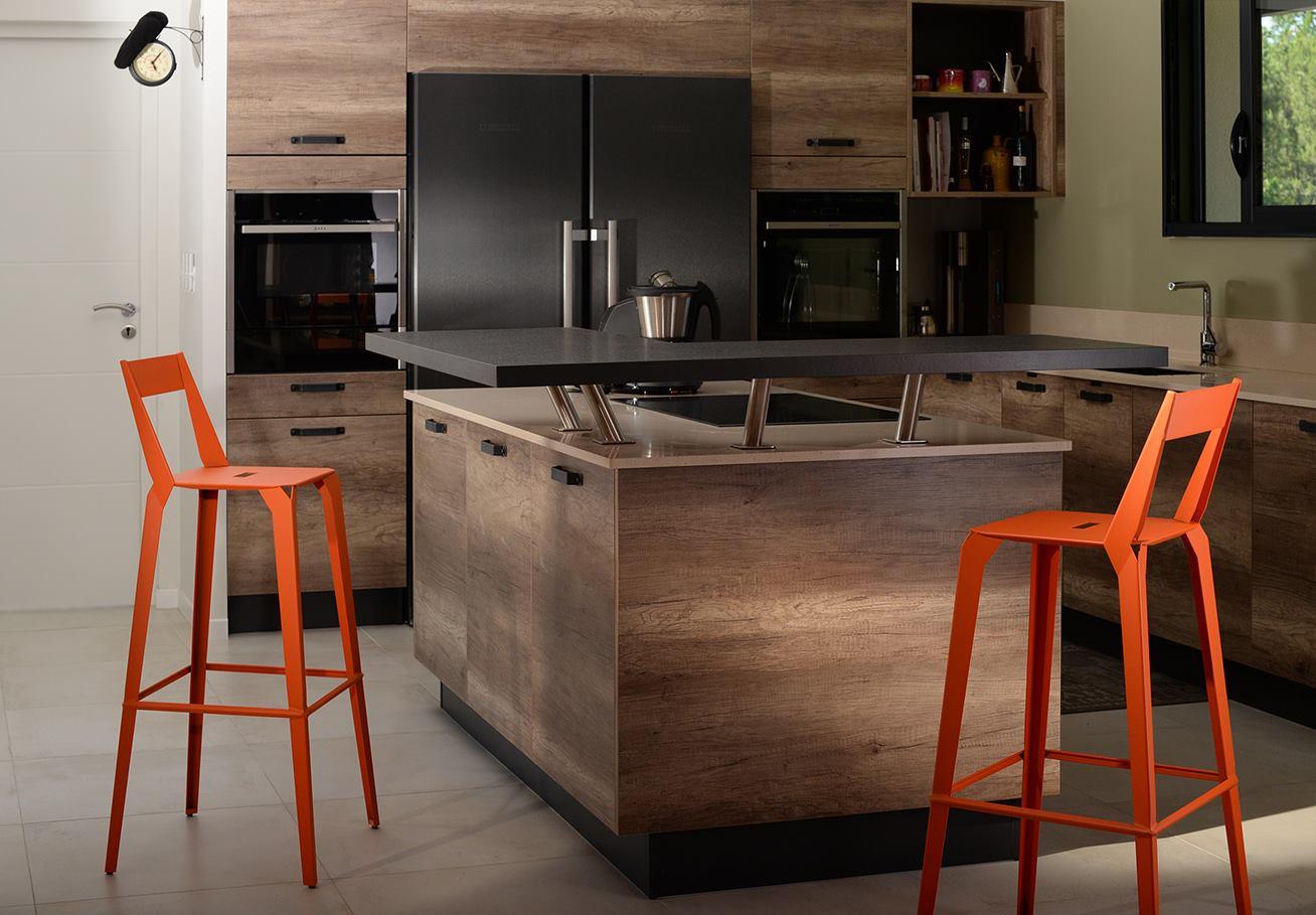 Accessoire dans une cuisine : les tabourets et chaises
